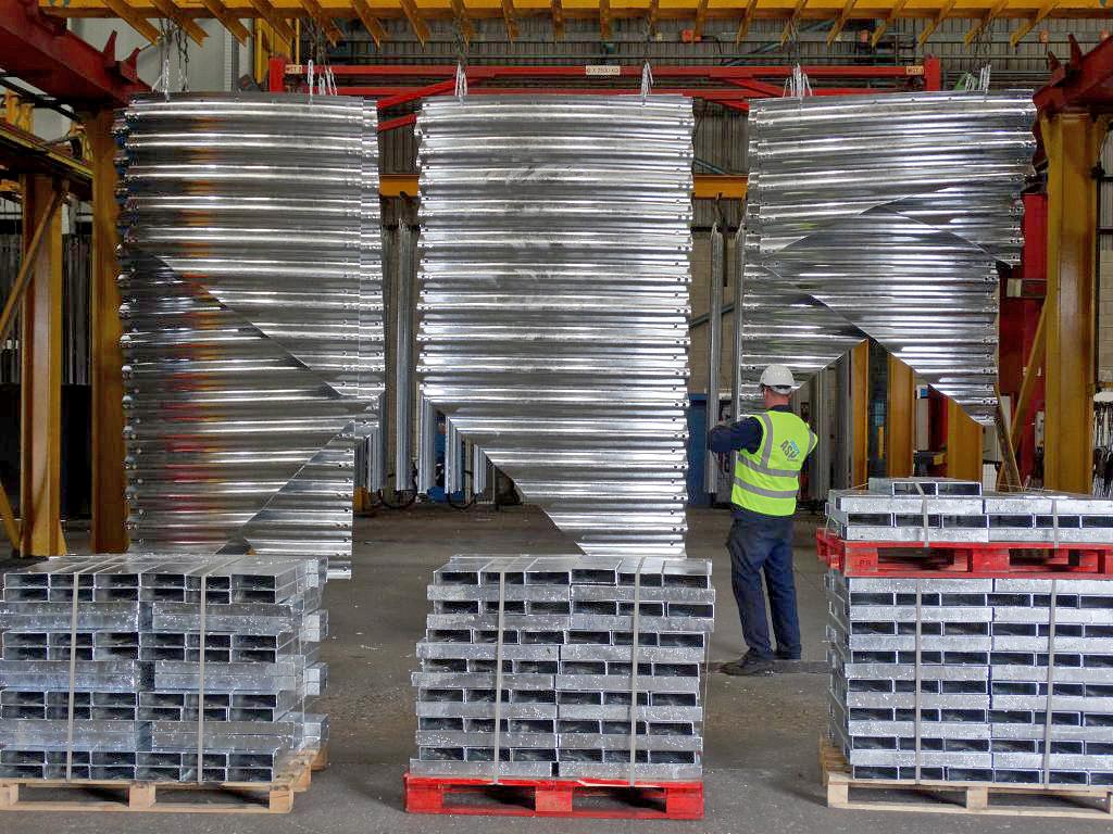 hanging hot dip galvanised steel sheets